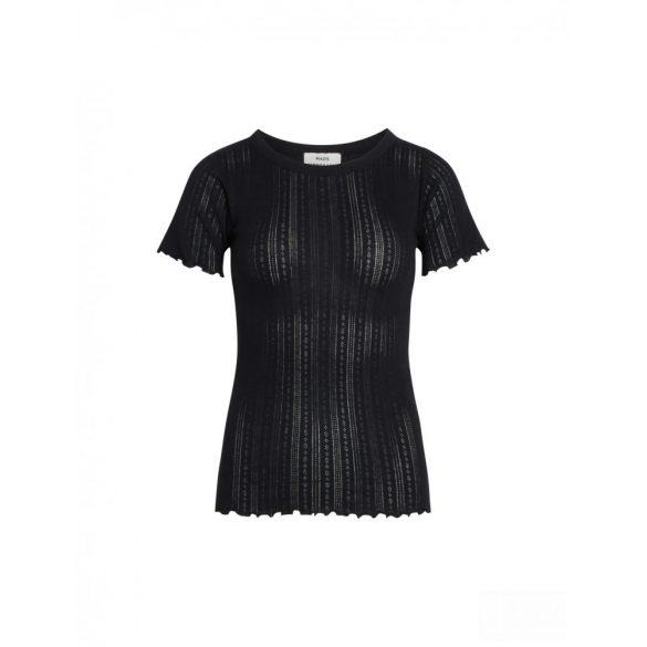 Mads Nørgaard ● Pointella Trixa ● fekete törtmintás rövid ujjú póló